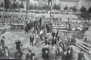 Grundsteinlegung 25_08_1929